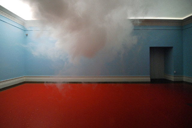 http://aljalawi.net/wp-content/uploads/2012/03/indoor-clouds-2.jpg