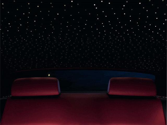 صور رولز رويز تضيف النجوم في سقف سياراتها مدونة الجلاوي