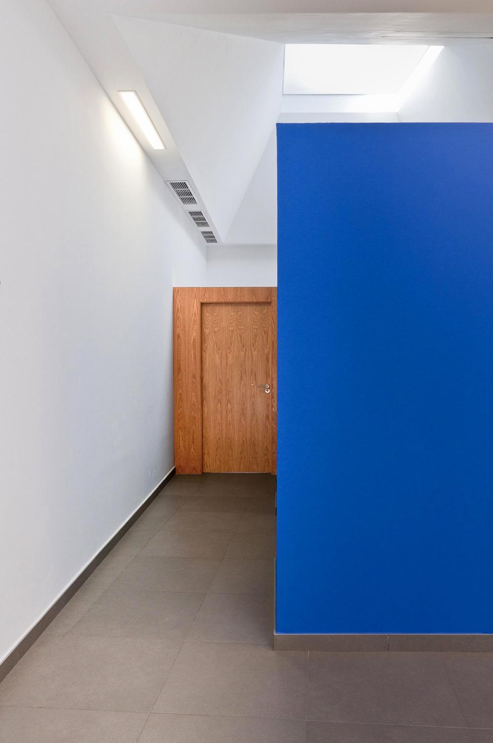 http://www.aljalawi.net/wp-content/uploads/2012/07/estudiolamazeta_hqroom_ru_7.jpg