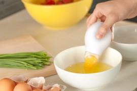 صور /  فيديو : قطعة لفصل صفار البيض عن البياض مع فوائد الصفار