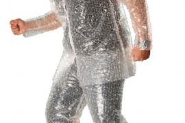 تسوق : ملابس الفقاعات .. طقطقها وانت لابسها !