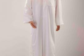 """أبجورة """" المباركية """" على شكل رجل وامرأة .. من ابداع مصمم ديكور كويتي"""