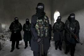صور : نساء سوريات يقاتلن في صفوف الجيش الحر