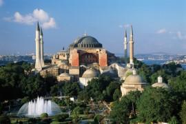 فيديو : الشيخ عبدالله بصفر يؤم المصلين في ايا صوفيا – اسطنبول بعد منع الصلاة فيه 80 عام