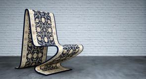 صور : فنانة تحول قطعة سجاد إلى كرسي ليباع بـ 12,000 دولار !